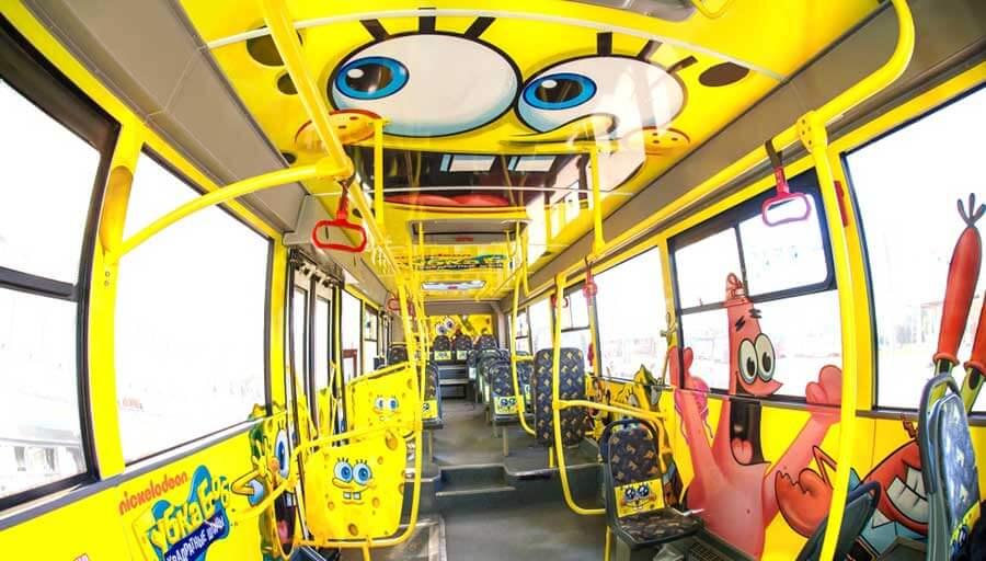 Внутреннее брендирование автобуса